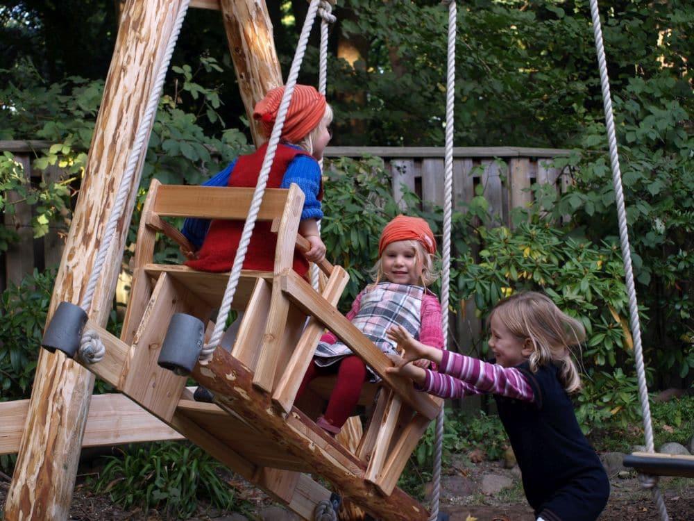 Naturholz Schaukel für zwei Kinder