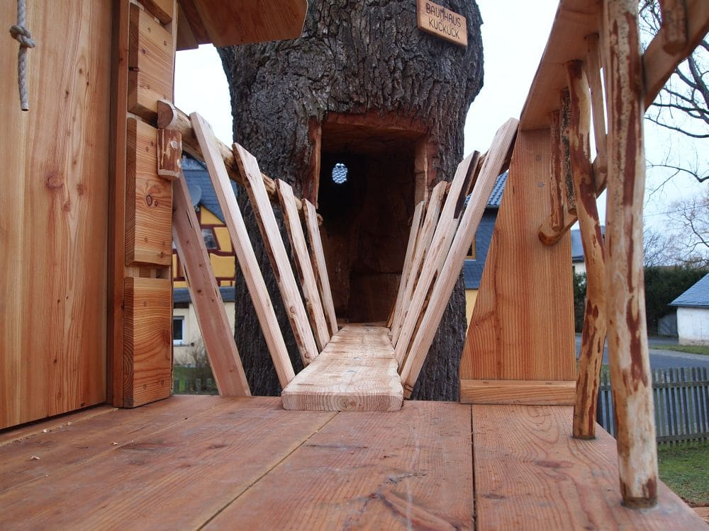 naturholz spielplatz almh tte naturholzbau. Black Bedroom Furniture Sets. Home Design Ideas