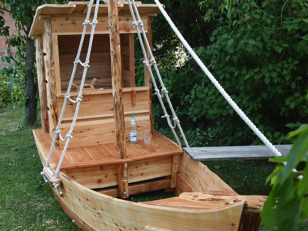 spielschiff seepferdchen almh tte naturholzbau. Black Bedroom Furniture Sets. Home Design Ideas
