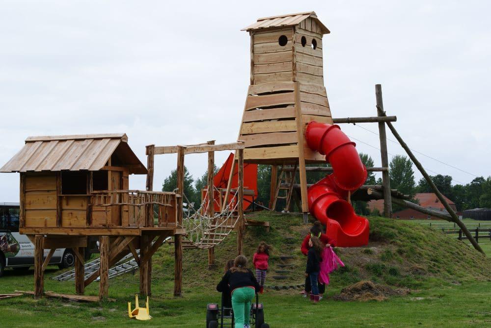 Spieltürme für Kindergarten