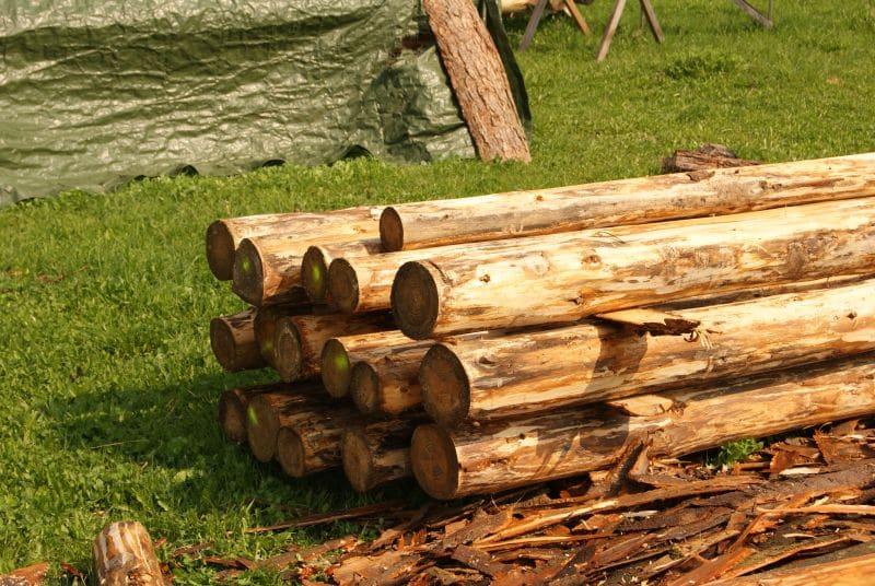 """Bild """"Holz für Spielgeräte"""""""
