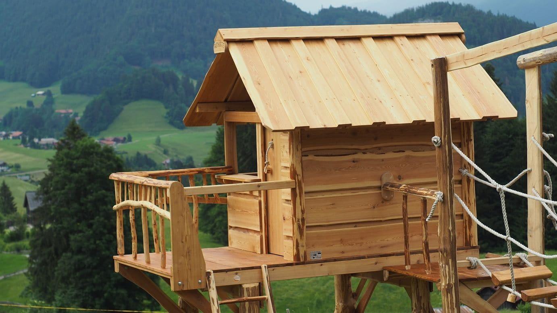 Almhütte Stelzenhaus über der Alm im Allgäu